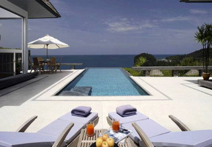 Stunning seaview Villas in Layan