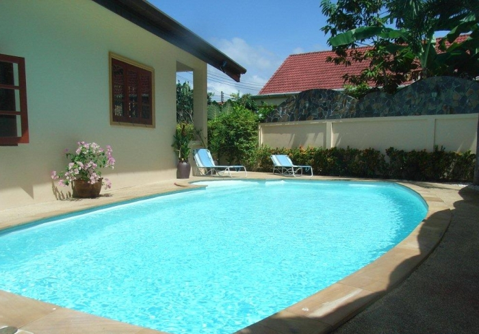 Nice private pool villa in quiet area in NaiHarn